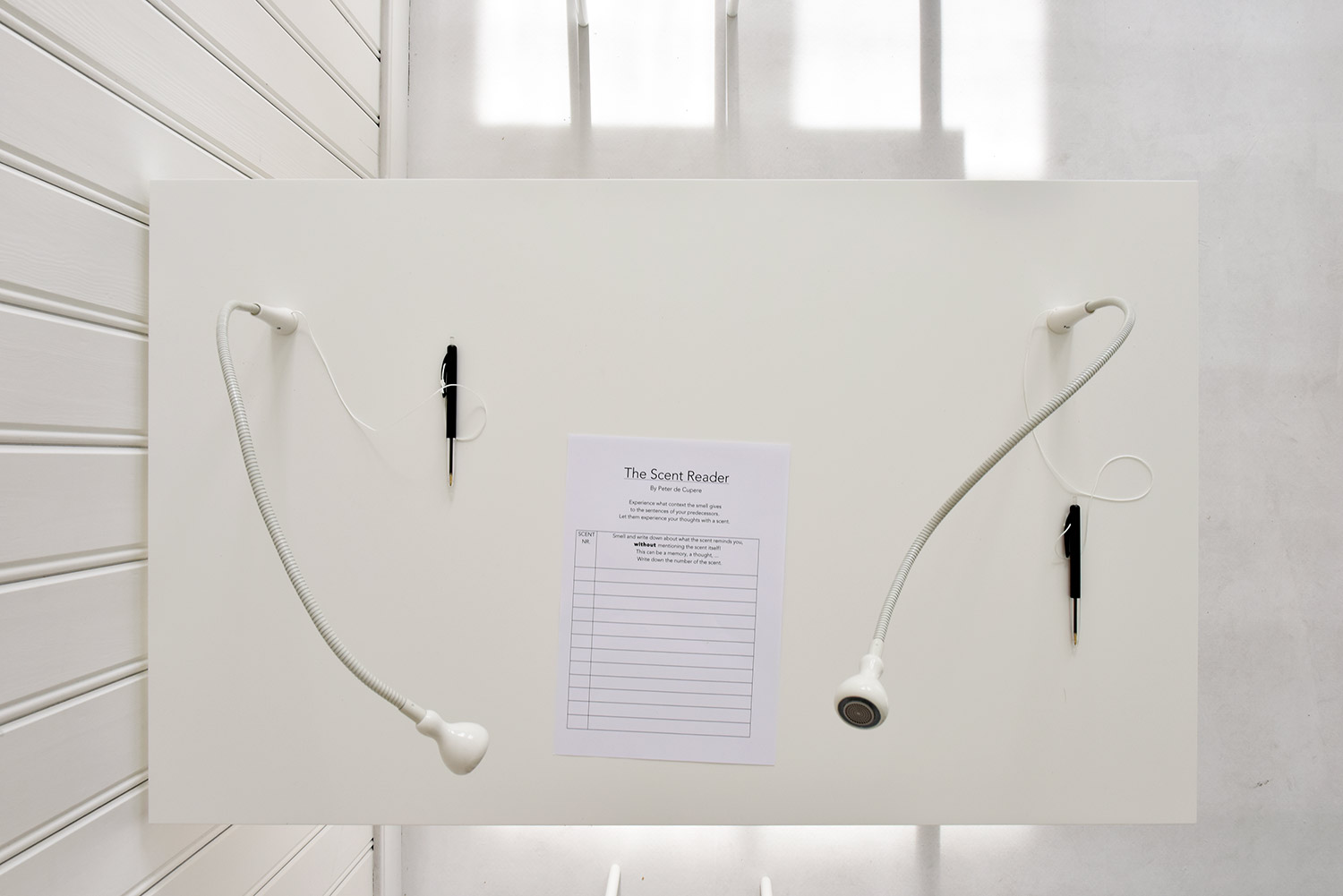 You are browsing images from the article: The Scent Reader in Kunstenfestival Watou