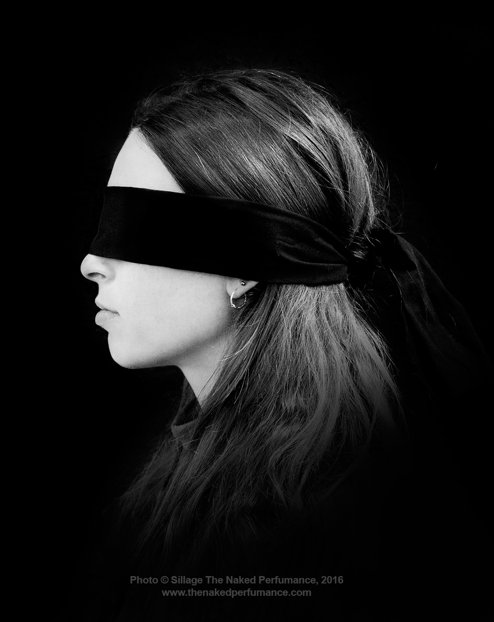 Blindfolded-Woman-3