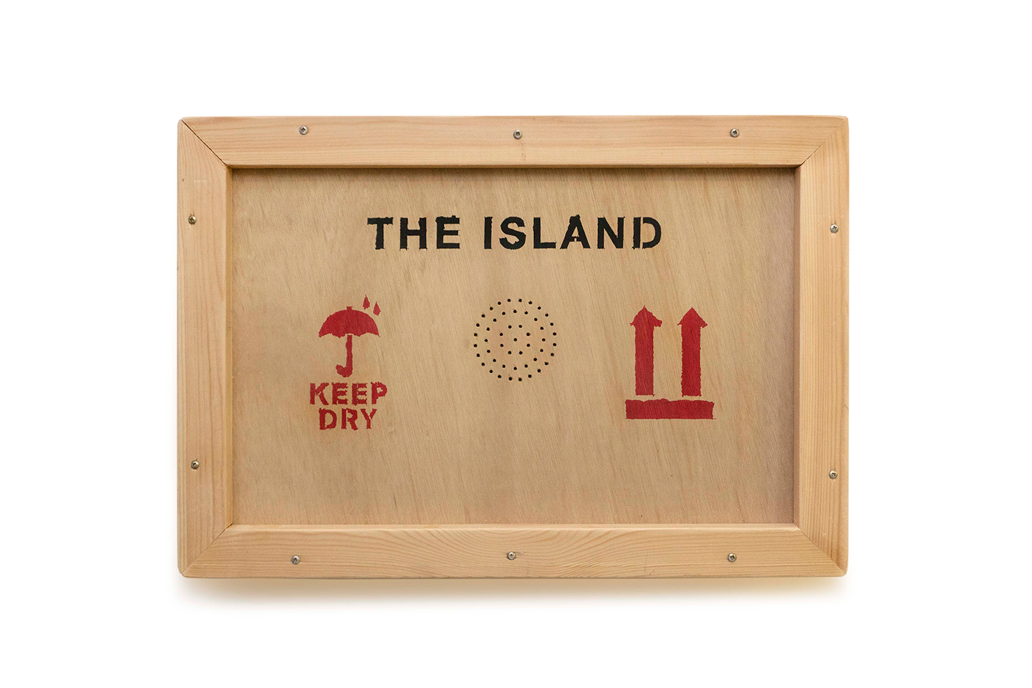 You are browsing images from the article: Island Ish